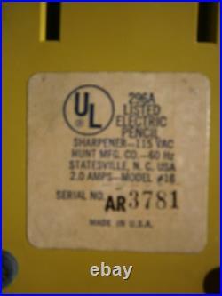 Org Vintage Boston Avocado Green Electric Pencil Sharpener Model #16 Egg Shape