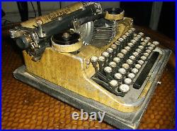 Rare Vintage 1920s Glass Keytops Wood Grain Paint Underwood Typewriter