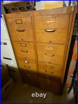 VINTAGE Globe Wernicke G25 VL Upright Golden Oak Wood File Cabinet 4 Drawer