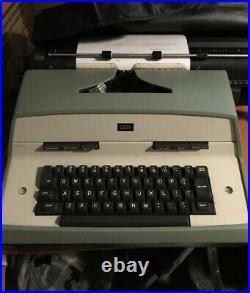 Vintage 1970's IBM Model 12 Electric Typewriter Working
