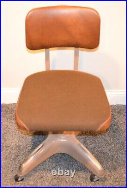 Vintage 1980's GLOBE Business Industrial Swivel On Casters Chair Made in USA