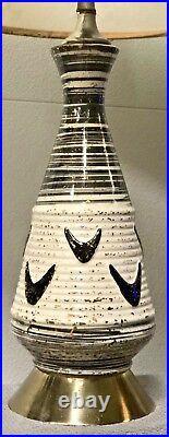 Vintage MCM Boomerang Deena Porcelain MID Century Atomic Lamp & Fiberglass Shade