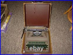 Vintage Portable Smith-Corona Silent Green Key Typewriter With Case