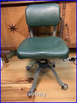 Vtg 1930s 1940s Remington Rand Industrial Metal Rolling Desk Chair Padded Swivel
